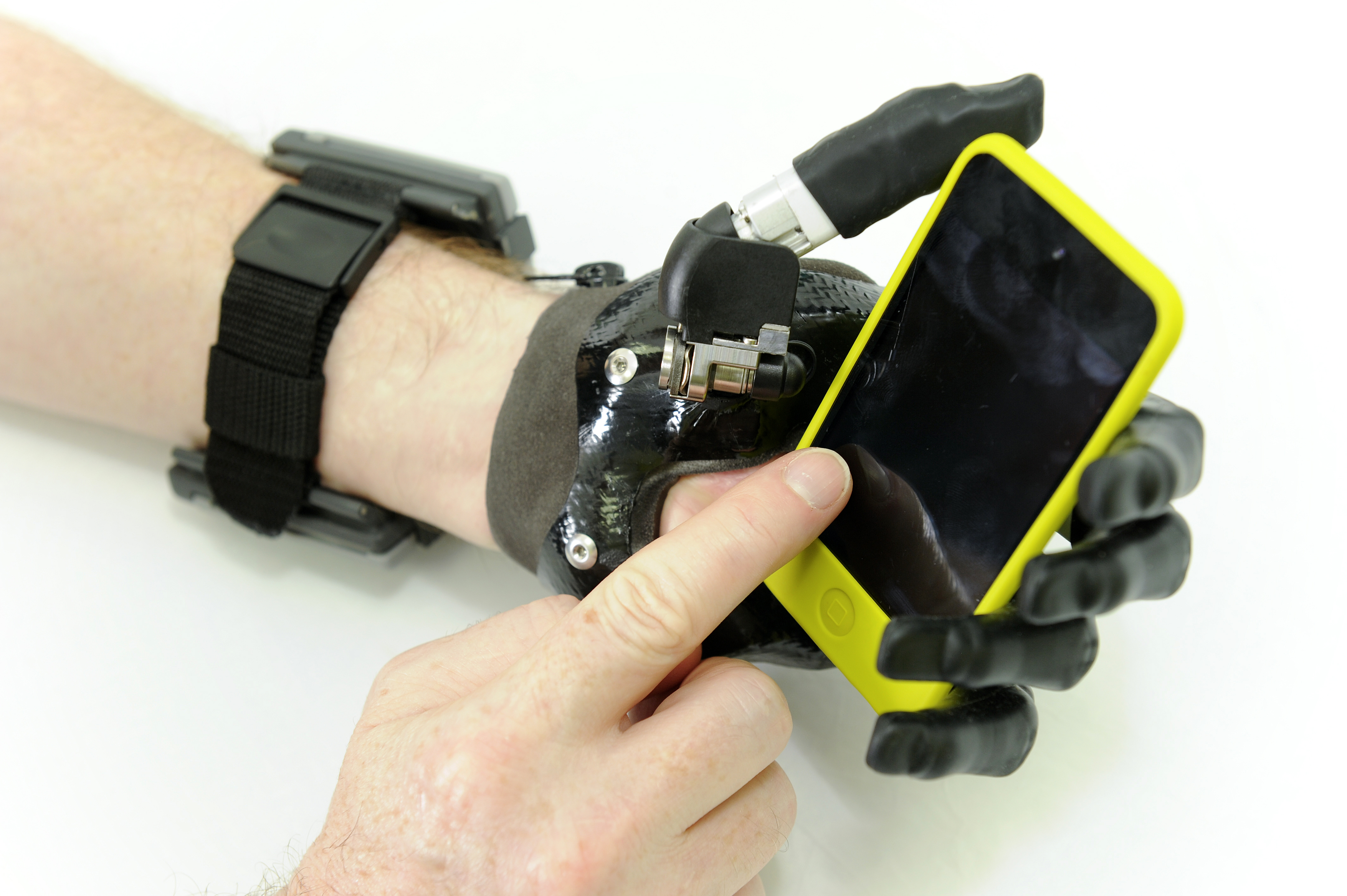 ilimb robotic limb with phone